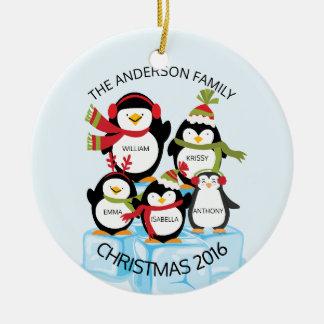 LEUKE Gepersonaliseerde Familie van Kerstmis van 5 Rond Keramisch Ornament