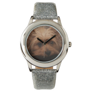 Leuke Yorkie schittert Horloge