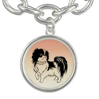 Leuke Zwart-witte Hond op de Oranje Armband van de