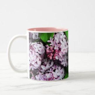 lila boeket tweekleurige koffiemok