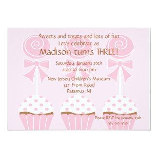 Lollys & de Uitnodiging van de Verjaardag Cupcakes