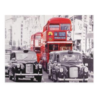 Londen, rode bussen en zwarte cabines briefkaart
