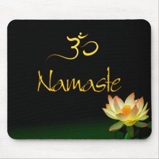 Lotus Namaste mousepad met om Muismat