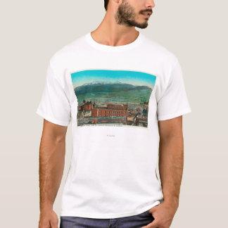 Lucht Uitzicht van de Berg van de Stad en van het T Shirt