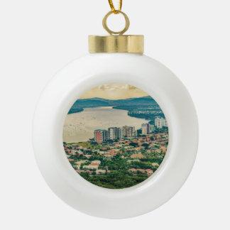 Lucht Uitzicht van Guayaquil Outskirt van Keramische Bal Ornament