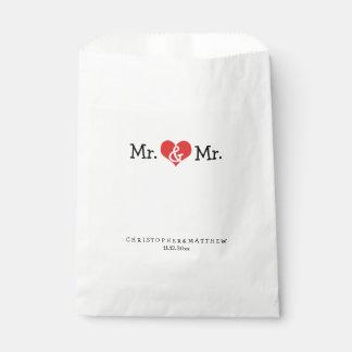M. en M. Red Heart Wedding Personalized Bedankzakje