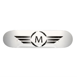 M met strepen skateboard