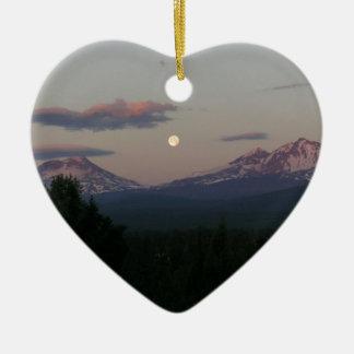 Maan over de Cascades Keramisch Hart Ornament