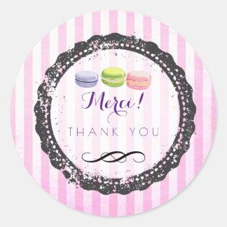 Macarons op Roze Strepen dankt u Ronde Sticker