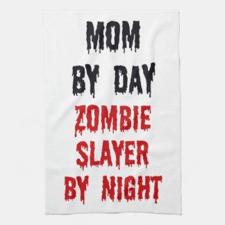 Mamma door 's nachts de Moordenaar van de Zombie v Handdoeken