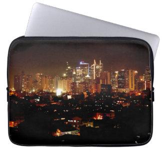 Manilla bij Nacht Laptop Sleeve