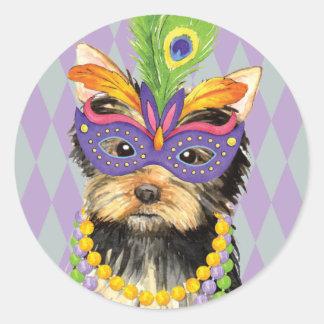 Mardi Gras Yorkie Ronde Sticker