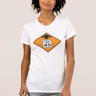 Maximum snelheid 45 de T-shirt van de Vrouwen van