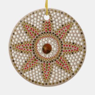 Met de hand geschilderde ornament van twee het
