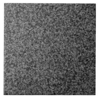 Met elektronenmicroscoop keramisch tegeltje