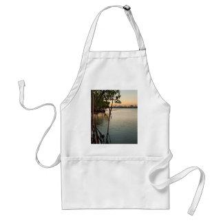 Miami en Mangroven bij Zonsondergang Standaard Schort