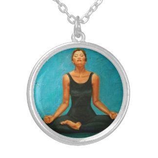 Middelgrote Zilveren Geplateerd om Ketting - yoga