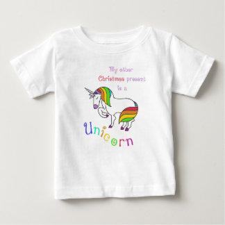 Mijn ander cadeau van Kerstmis is een eenhoorn Baby T Shirts