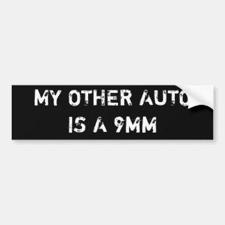 mijn andere auto is 9mm bumpersticker