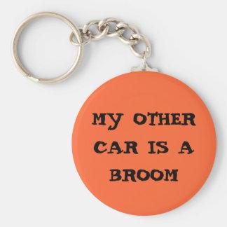 mijn andere auto is een bezem sleutelhanger