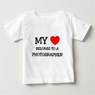 Mijn Hart behoort tot een FOTOGRAAF Baby T Shirts