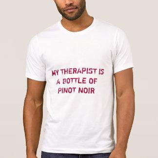 Mijn Therapeut is een Fles Pinot Noir T Shirt