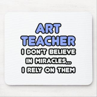 Mirakelen en de Leraren van de Kunst Muismat