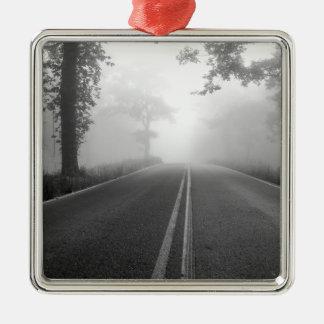 Mistige weg zilverkleurig vierkant ornament