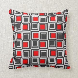 Moderne vierkanten, rood, grijs en zwarte sierkussen
