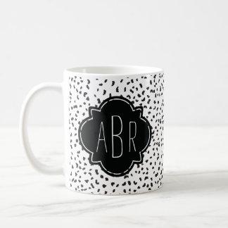 Moderne Zwart-witte Dalmatische Vlekken Met Koffiemok