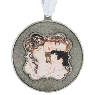Moeder en Kind door Gustav Klimt Geschulpt Ornament
