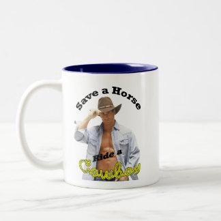 Mok: Sparen een Rit van het Paard een Cowboy Tweekleurige Koffiemok