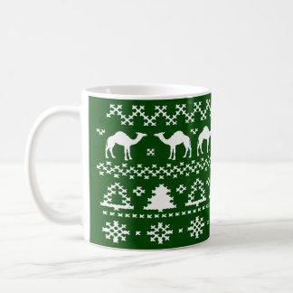 Mokken van de Sweater van Kerstmis van de Kameel