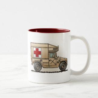 Mokken van Hummer van de ziekenwagen de Militaire