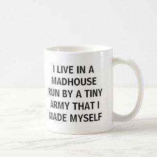 #momlife leef ik in een gekkenhuis dat door een koffiemok
