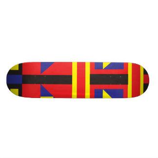 Mondrian geïnspireerd skateboard