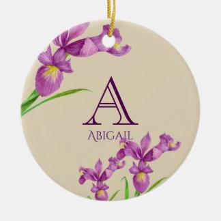 Monogram van de Paarse Iris van de waterverf het Rond Keramisch Ornament