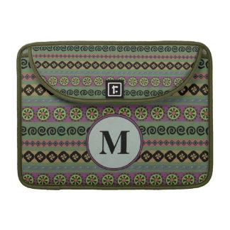 Monogram van het Patroon van Forest Green Boho het MacBook Pro Sleeve