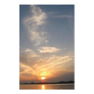 mooi zonsondergangbriefpapier dat origineel art. briefpapier