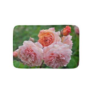 Mooie roze rozen badmat