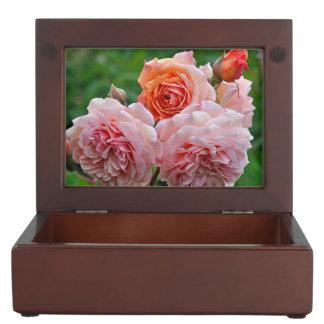 Mooie roze rozen herinneringen doosje