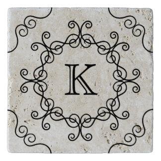 Mooie swirly monogram trivet