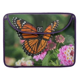 Mooie Vlinder op Bloem Lantana MacBook Pro Beschermhoes