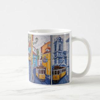 mug tram straten van Lissabon azulejos Koffiemok