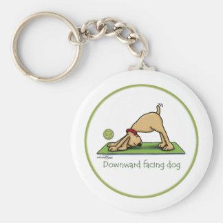 Naar beneden toegekeerde Hond - yoga keychain Basic Ronde Button Sleutelhanger