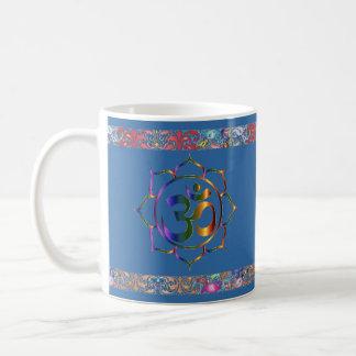 Namaste Aum Om Lotus met de Vintage Grens van de Koffiemok