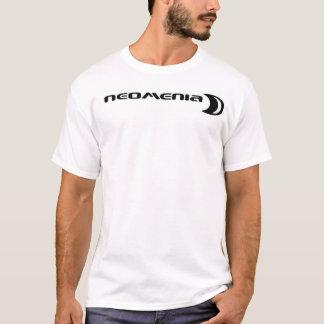 Neo krijg onder het t shirt