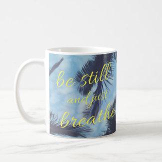 Nog en enkel wordt geademd koffiemok