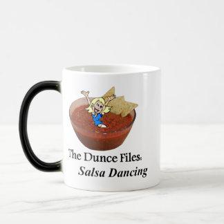 Noten - en - bouten: Het Dansen van Salsa Magische Mok