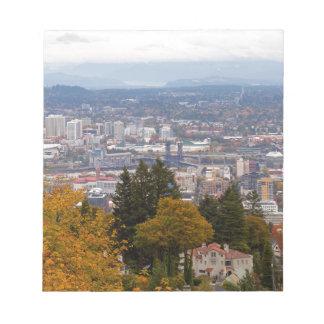 NW en Cityscape van Ne Portland tijdens het Notitieblok